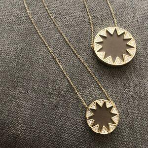 NWOT House of Harlow 1960 double sunburst necklace